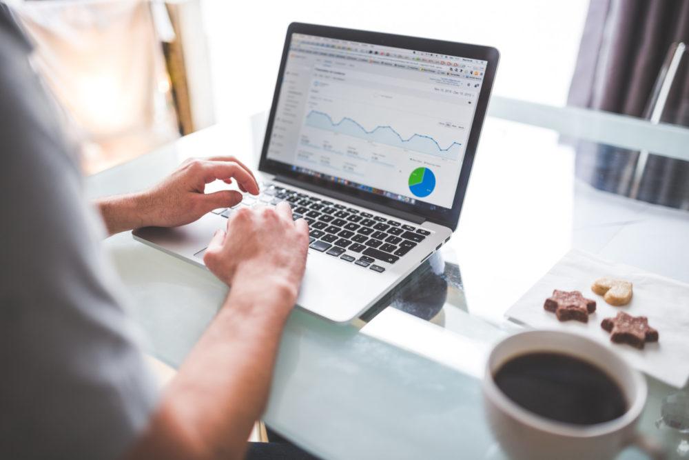 Google Analytics 2018 - Dimensions & Metrics, Goals and Custom Dashboards